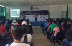 """Estudiantes asisten a conferencia denominada """"Autoestima"""" como parte de las actividades del Programa de Acción Tutorial."""