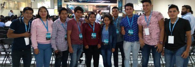 Estudiantes de 7º. Semestre de IIAS presentes en el XIV Congreso de Biotecnología celebrado en la ciudad de Ocosingo, Chiapas
