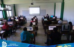 Aspirantes aceptados, asisten al curso de nivelación para el ingreso al Instituto Tecnológico de Frontera Comalapa